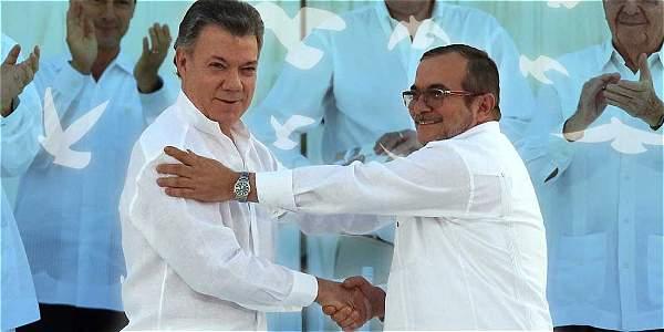 Colombia: Pax claudicante con señales de traición
