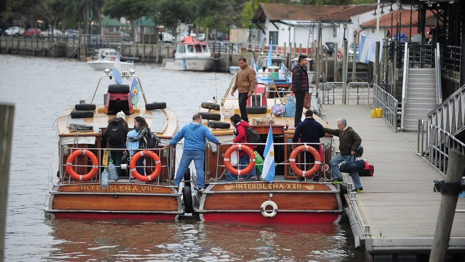 Un paro de marítimos afecta la actividad fluvial en el Delta del Tigre