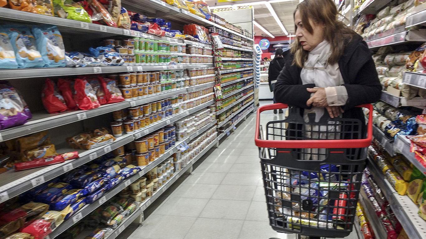 Según los gremios, la inflación de febrero fue la más baja en 27 meses