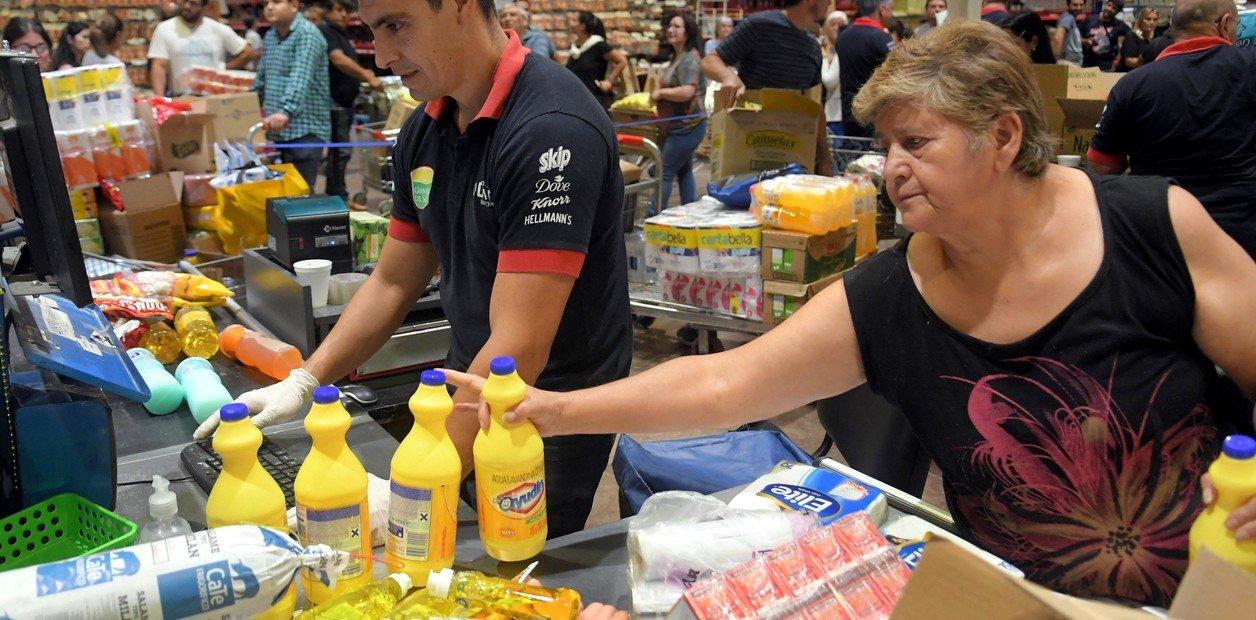 Mercantiles y supermercados acuerdan horario de atención en supermercados para garantizar provisión