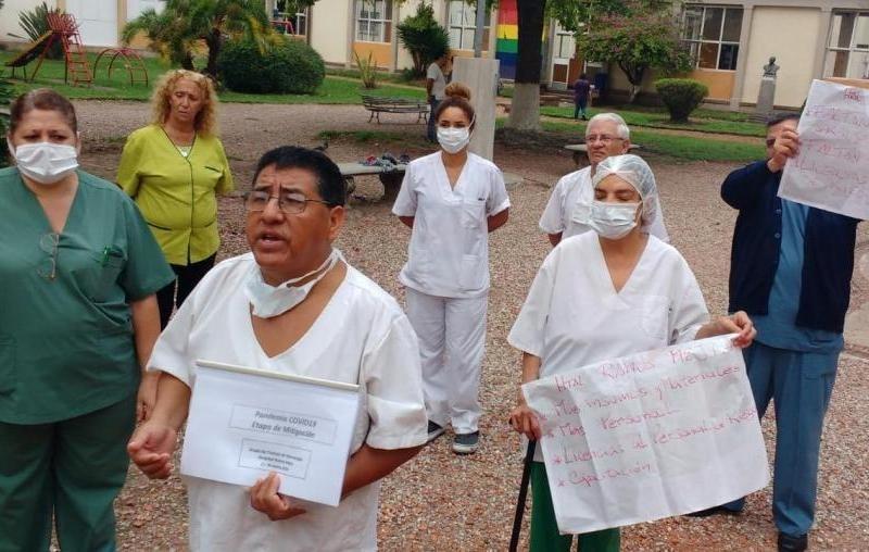 Médicos reclaman insumos para enfrentar la etapa que se viene de la pandemia