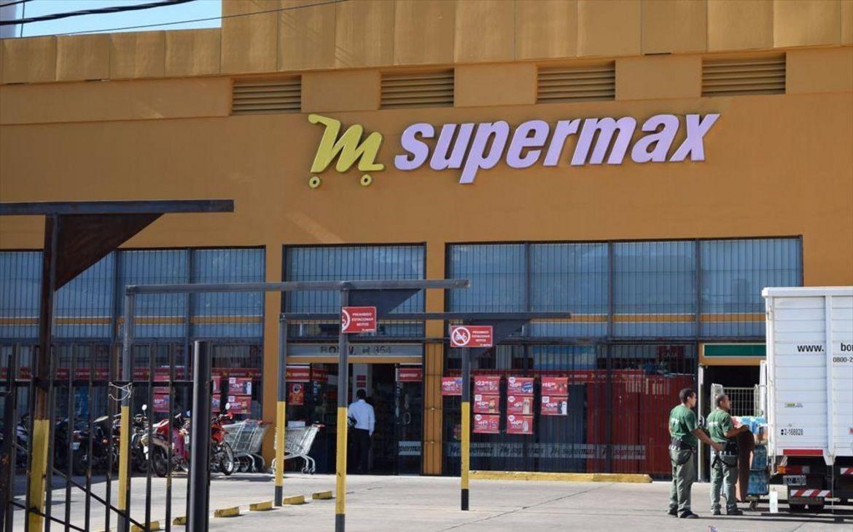 Denunció al supermercado donde trabajaba por violar los protocolos de seguridad y fue despedida