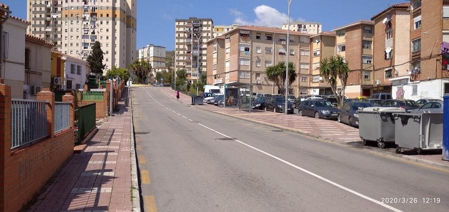 La calle Doctor Muguerza Bernal, este jueves al mediodía.