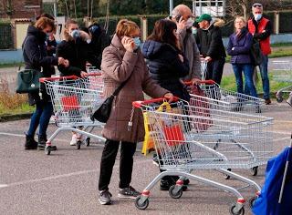 Revuelta popular y saqueo de supermercados en el sur de Italia – La otra Andalucía