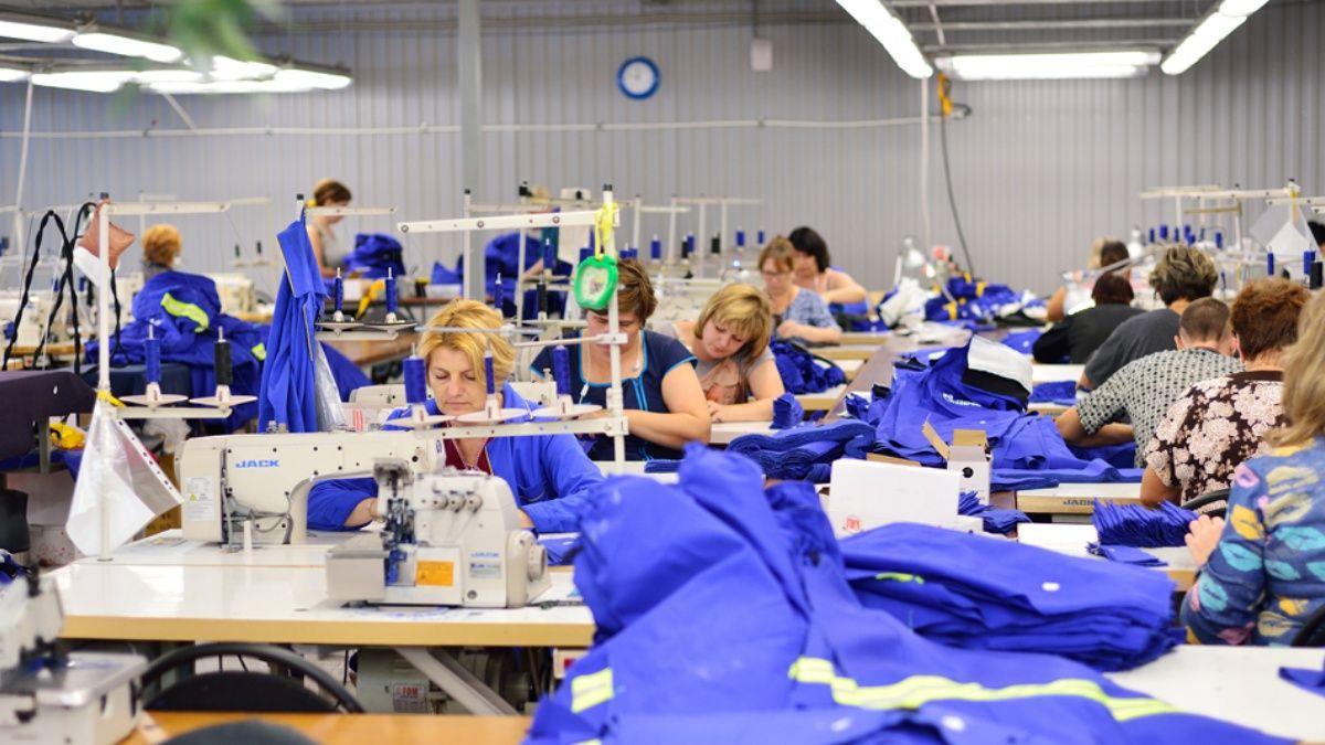 Textiles pactan suspensiones y acuerdan salarios de entre 17 y 20 mil pesos