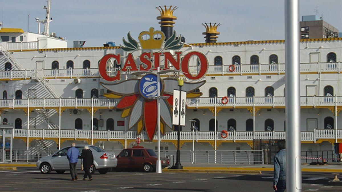 Marineros se niegan a aceptar recortes en los salarios de los empleados del Casino flotante