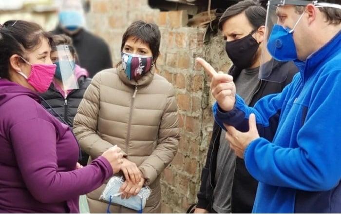 Mayra Mendoza durante el operativo | Foto Twitter Mayra Mendoza