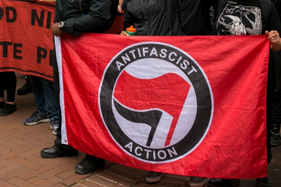 Quiénes son los Antifa, el grupo al que Trump llama... | Página12