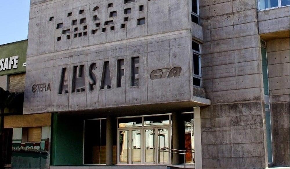 "Docentes Santafecinos realizarán un ""apagón educativo virtual"" por paritarias"