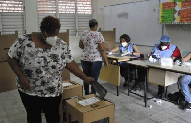 Feminismos. Imposiciones Antidemocráticas: las políticas de 'identidad de género' en la República Dominicana