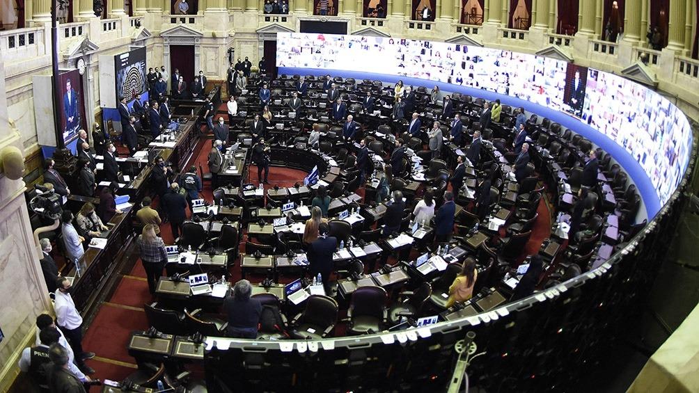 Trabajadores del Congreso se plantan frente a la idea JxC de sesionar de forma presencial en el pico de contagios