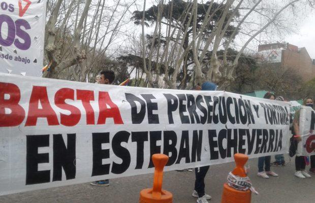 Argentina. Movilización de organizaciones sociales: «En Esteban Echeverría se tortura y persigue a la militancia»