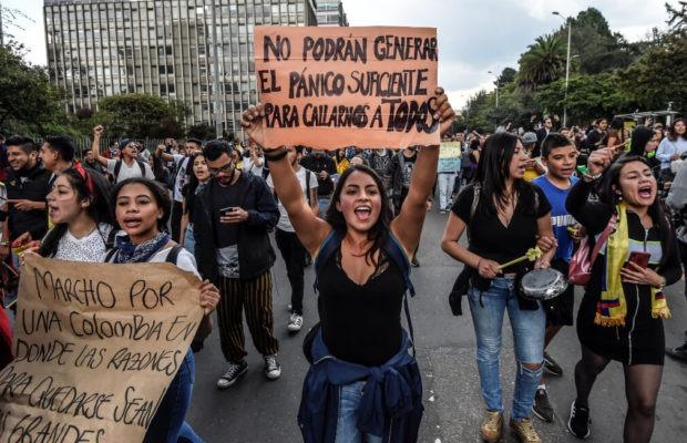 Colombia. A la calle de nuevo (Opinión)