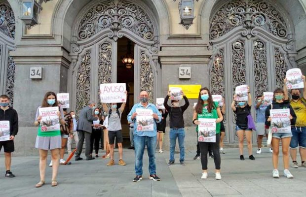 Estado español. Estudiantes inician huelga general de tres días