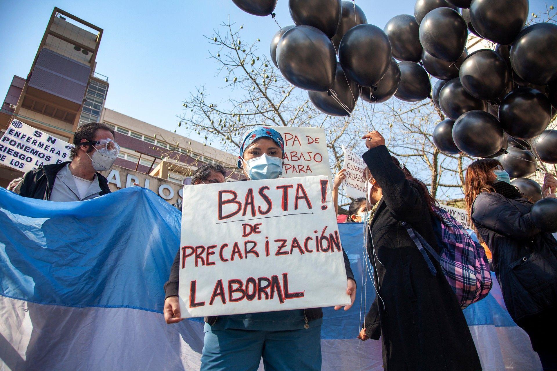 Al combate contra el coronavirus, el personal de salud le suma el combate contra la precarización y los sueldos bajos / Foto: Eleonora Ghioldi