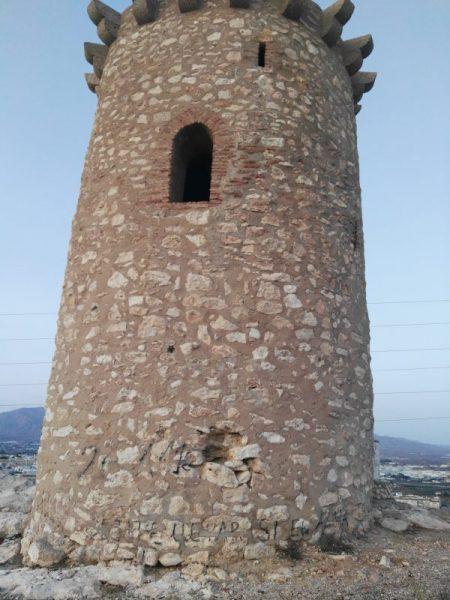 Almería: Nación Andaluza denuncia el estado de abandono del mirador de la Torre de Cárdenas