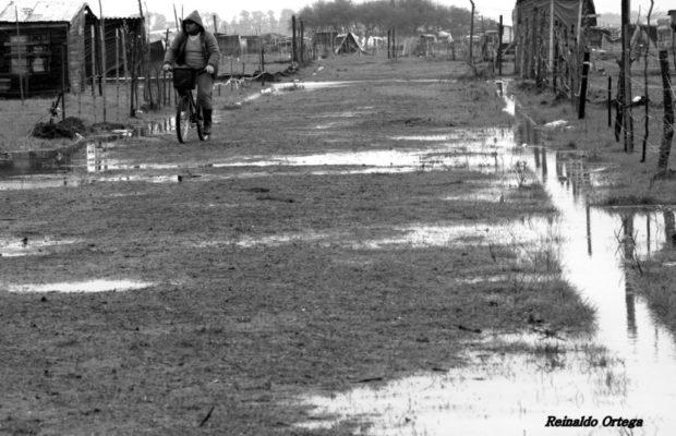 Argentina. La Toma de Guernica: un punto de inflexión en la lucha por la tierra (fotoreportaje venciendo al temporal)