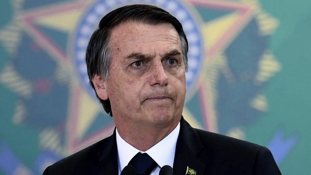 """El presidente brasileño, Jair Bolsonaro, volvió a defender este jueves las políticas de su Gobierno para la Amazonía, insistió en que existe una """"campaña"""" contra Brasil por los incendios en esa región y arremetió de nuevo contra las ONG."""