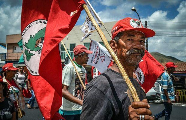 Brasil. «Tractor y bala»: políticos amenazan de muerte a familias sin tierra acampadas en Alagoas