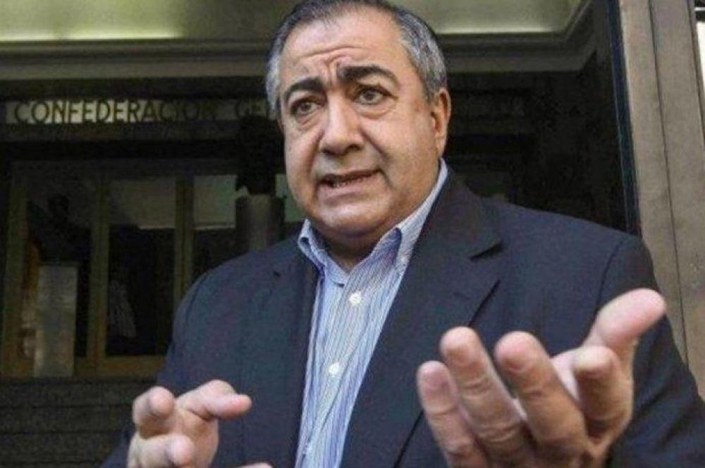 Peleas y amenazas de renuncias: festejo del 17-O dejó a la CGT al borde del colapso (Moyano gana)