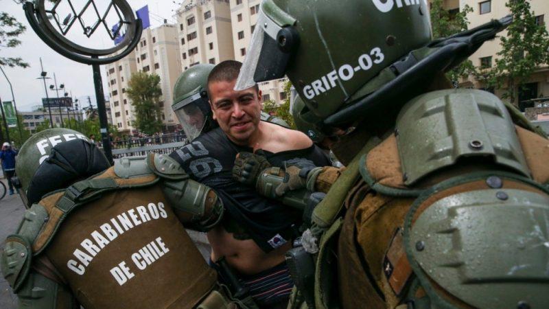 Estallido social en Chile: Instituto Nacional de DD.HH registra más de 2500 querellas contra Carabineros