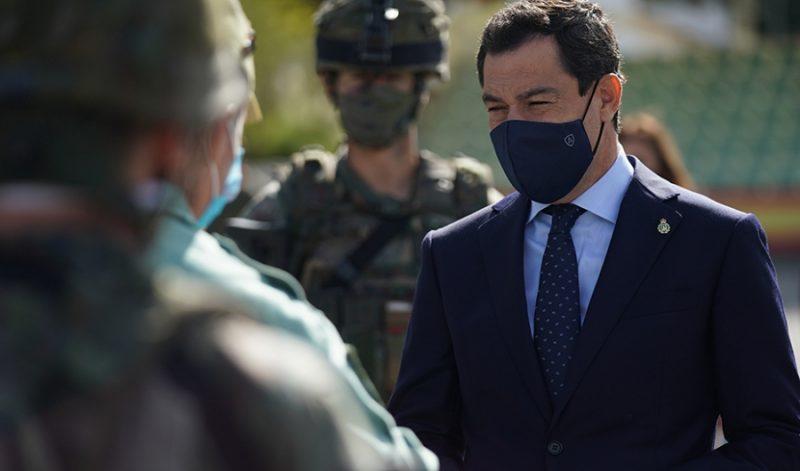 """Durante la visita de Juanma Moreno en Ronda a la Legión, Juanma Moreno ha destacado la """"ardua labor en la pandemia por la Covid-19"""""""