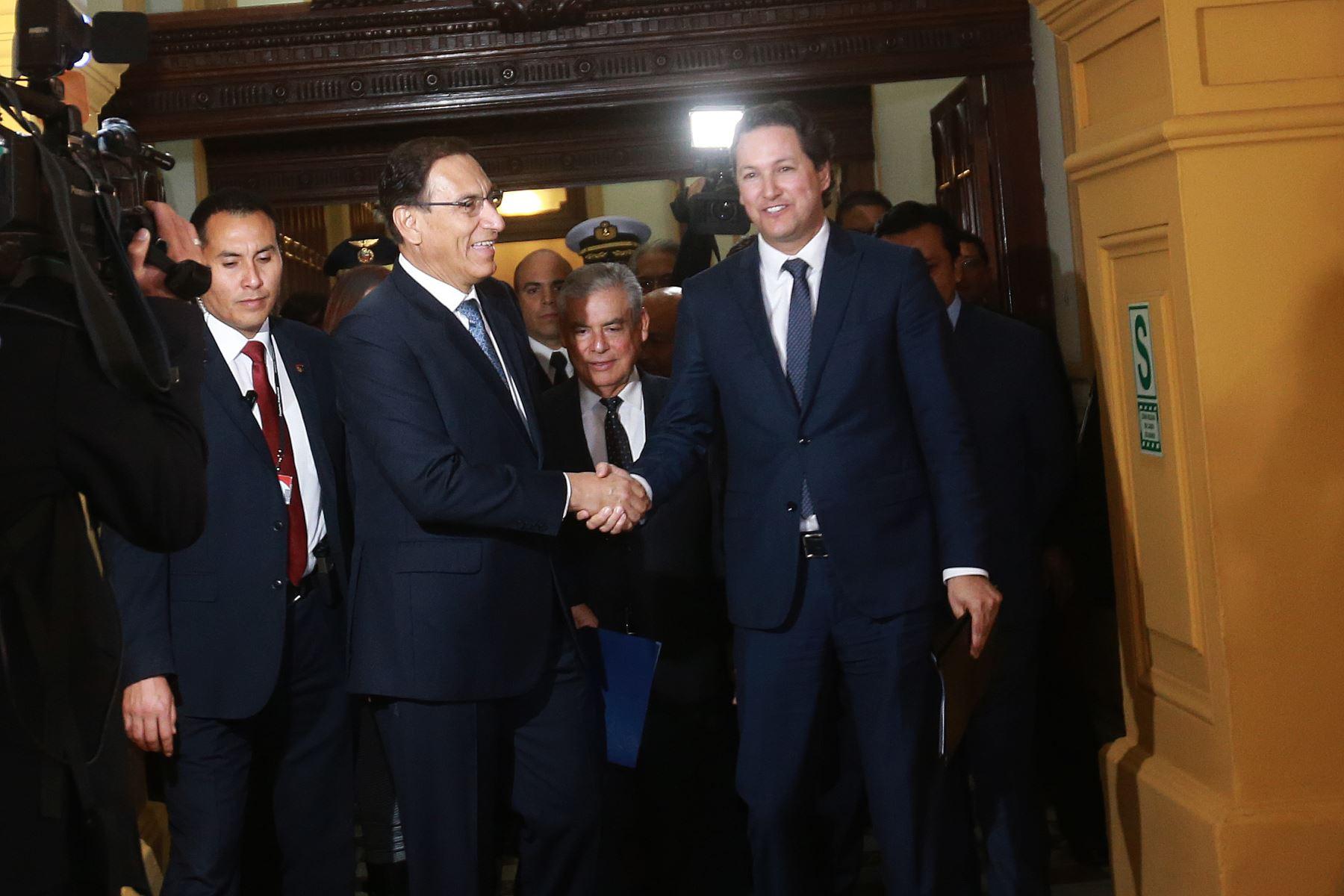 Fotografía de Daniel Salaverry y Martín Vizcarra