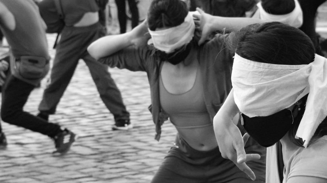 Intervención-creciente-artistas-cordobesxs-defensa-monte-2