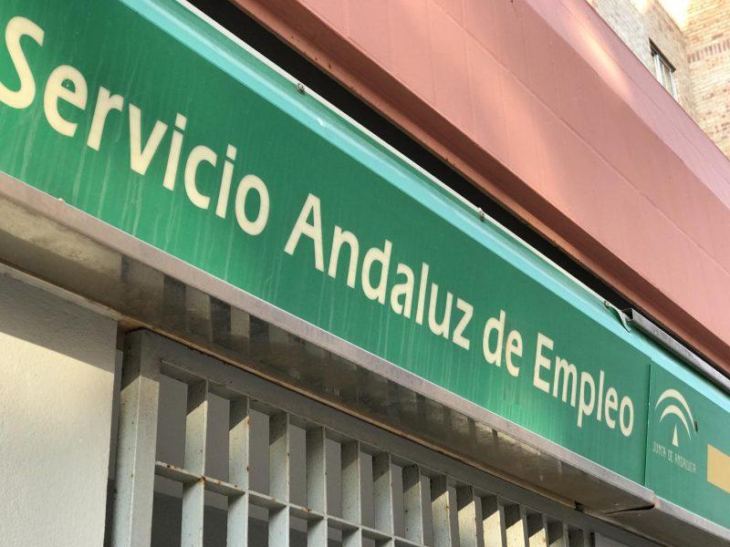 Andalucía cierra 2020 con casi un millón de parados 969.437 y 102.623 trabajadores en ERTE