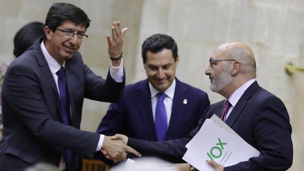 La Consejería de Hacienda cifra en más de 1,17 millones € el coste de nuevos delegados de la Junta