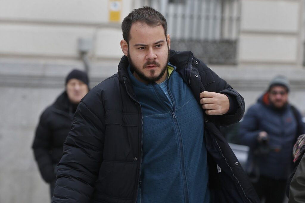 Pablo Hasél, detenido entre la solidaridad y la resistencia