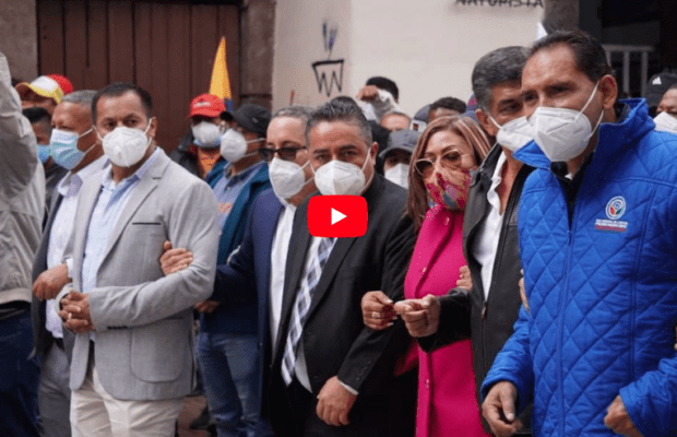 Ecuador. Alcaldes permanecerán movilizados por deuda del gobierno
