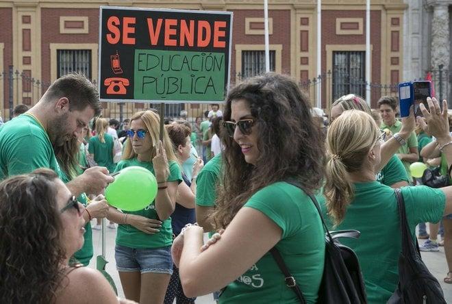 Sevilla: Denuncian masiva supresión de clases públicas en la Educación Infantil mientras las privadas concertadas se mantienen