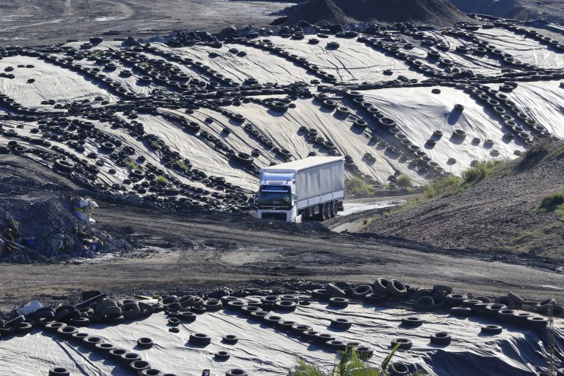 Llegan 30.000 toneladas de residuos tóxicos a Nerva procedentes de Montenegro