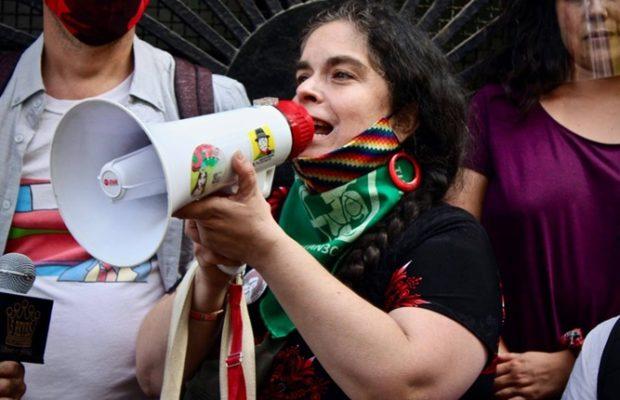 Chile. Francisca «Pancha» Fernández: «El desafío es cómo incidimos en lo institucional pero a la vez sostener la revuelta en la calle»