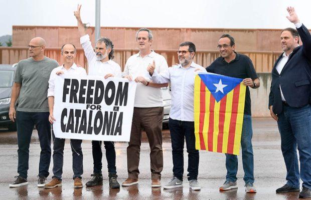 Estado español. Liberaron a los nueve presos políticos catalanes indultados por el Gobierno español