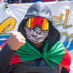Colombia. Las y los «primeras líneas» homenajearon a los caídos bajo las balas policiales: una manifestación de quienes están en todas las barricadas (video)