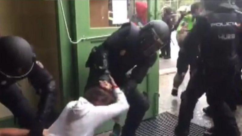 Catalunya: Un mando de la policía española reconoce que diseñó la violenta intervención policial en el Pau Claris el 1-O