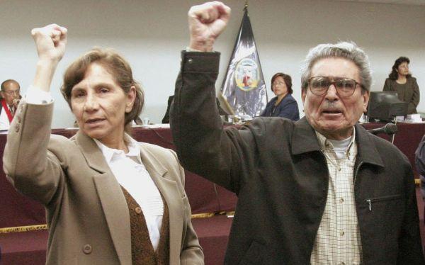 Perú. Desde la cárcel la esposa de Abimael Guzmán exige que le entreguen los restos del líder de Sendero Luminoso