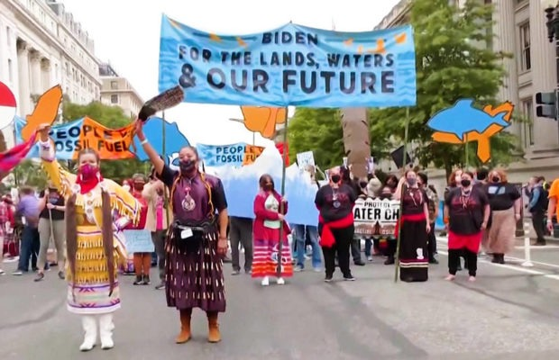 Estados Unidos. Reprimieron una movilización contra el cambio climático frente a la Casa Blanca