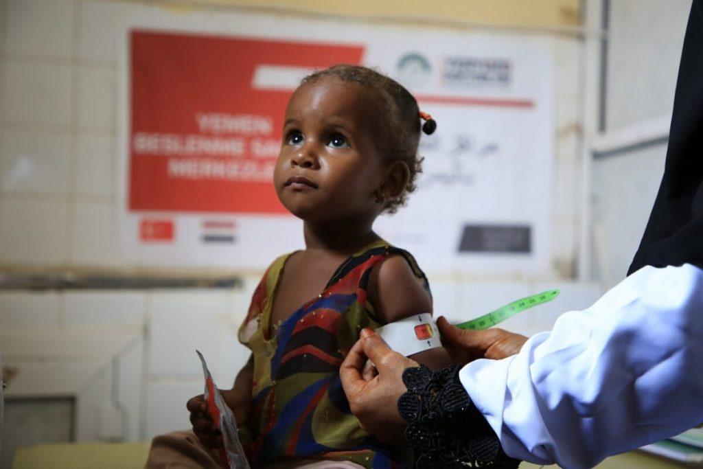 """La crisis humanitaria en Yemen es la excusa de organizaciones internacionales """"para llenar sus cuentas bancarias"""""""