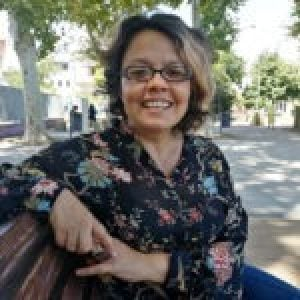 Chile. 8 y 9M, Paula Sierralta:  «Si paramos las mujeres se cae el país»