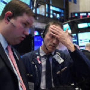 Internacional. Wall Street cierra en rojo y el Dow Jones marca la mayor pérdida durante un día desde el 2008
