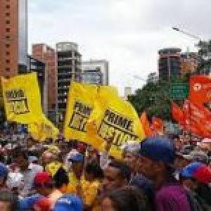 Dos nuevas desilusiones golpistas en Venezuela