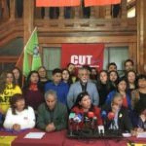 Chile. Unidad Social exige cuarentena preventiva nacional y el cese inmediato de actividades laborales