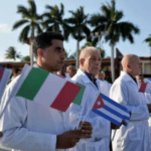 Newsweek: Cuba usa «medicamento maravilla» para combatir el coronavirus en todo el mundo a pesar de las sanciones de Estados Unidos