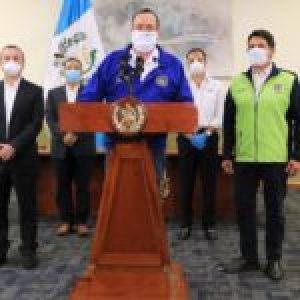 """Guatemala.Presidente reabre """"plazas comerciales"""" sin certeza de que lo peor ya haya pasado"""