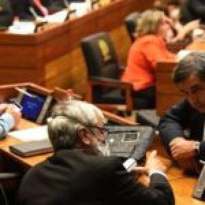 Paraguay. En Senado dan la espalda a reclamo ciudadano y no recortan privilegios