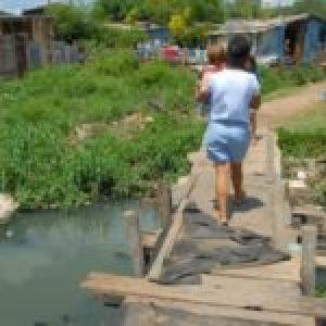Brasil. Uno de cada diez hogares en Brasil no tiene acceso a la red de alcantarillado