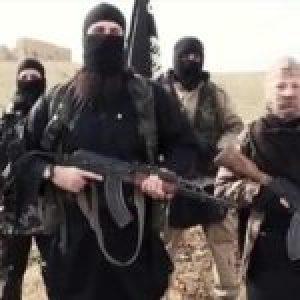 Siria. Le Monde: tres mil terroristas de Daesh se trasladan de Siria a Iraq